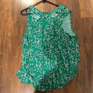 green woman's blouse